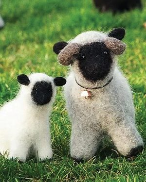 Free Huggable Animal Knitting Patterns | NetLeeks